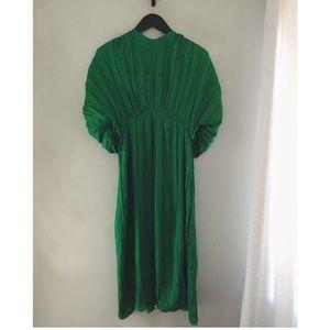BRAND NEW! Zara pleated midi dress size S